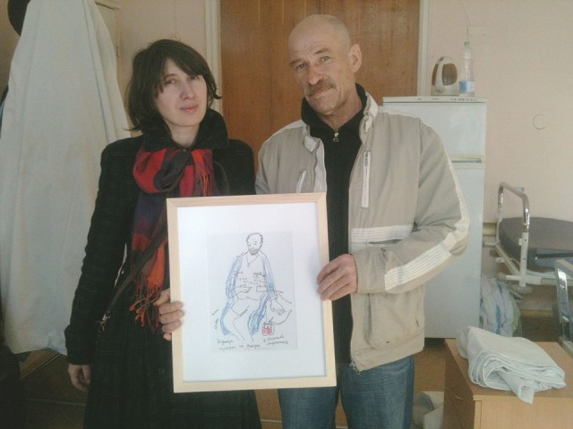 with her drawing of Oleksandr Tonshkykh's story.