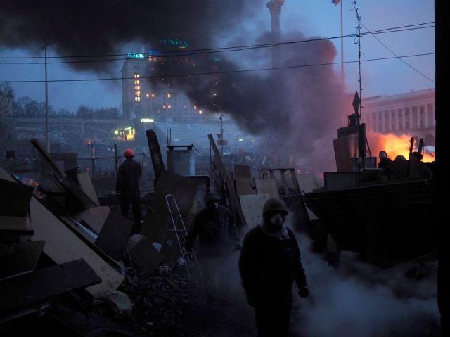 Protesters in Kiev, Ukraine, February 19, 2014 (Jerome Sessini/Magnum Photos)