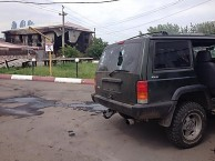 SUV-after-attack-on-Donbas-batallion-in-Karlivka