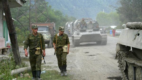 Russian peacekeepers during Georgian-Ossetian conflict. Photo: RIA Novosti, Said Gutsiev. Source: http://en.ria.ru/military_news/20140808/191841468/Timeline-of-Georgias-2008-Offensive-on-South-Ossetia.html