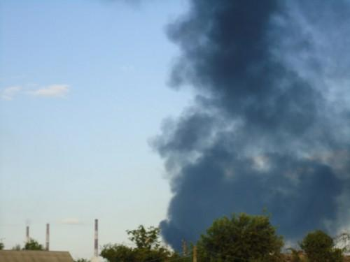 Under terrorist attacks, the transformer substation in Shchastya was hit and electricity is now out.