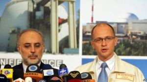 Ali Akbar Salehi und Sergej Kirijenko