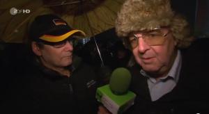 Heute Show mischt sich als Russia Today getarnt unter Pegida-Demonstranten