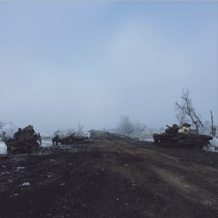 Road from Artemivsk to Debaltseve near Lohvinovo, Feb 15. Photo: Max Avdeev