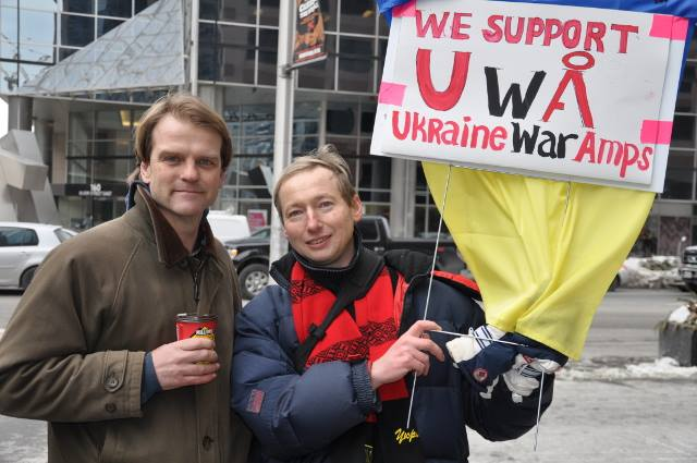 Gene Berezovski (R) with Canadian Federal Immigration Minister Chris Alexander (L) at March 1, 2015 rally for Ukraine at the Russian Embassy in Toronto
