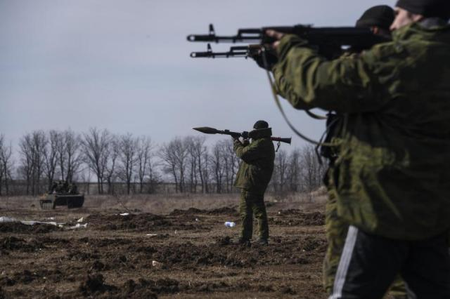 Military training of Pro-Russian insurgents near Yenakijeve (Photo by AP/Mstyslav Chernov)