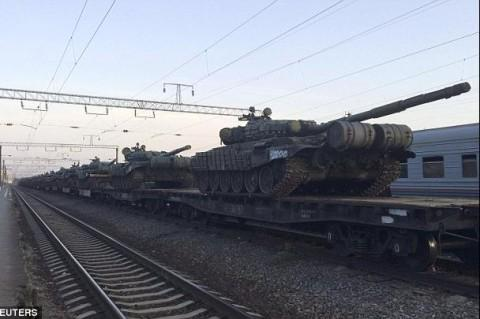 Russian military equipment on the border with Ukraine. Source