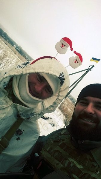 """Early in the morning, zero checkpoint. This guy made my day ""-volunteer Rodion Šovkošitnij. Source: https://twitter.com/SvojakS/status/685488967542767616"