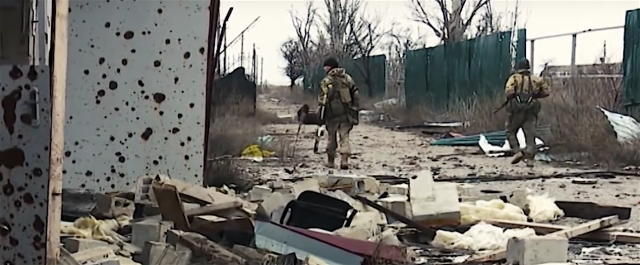 De-mining Shyrokyne, Feb. 27, 2016. Photo: screenshot from HromadskeTV Zaporizhia video https://www.youtube.com/watch?v=lvHjMvD8ryA&feature=youtu.be