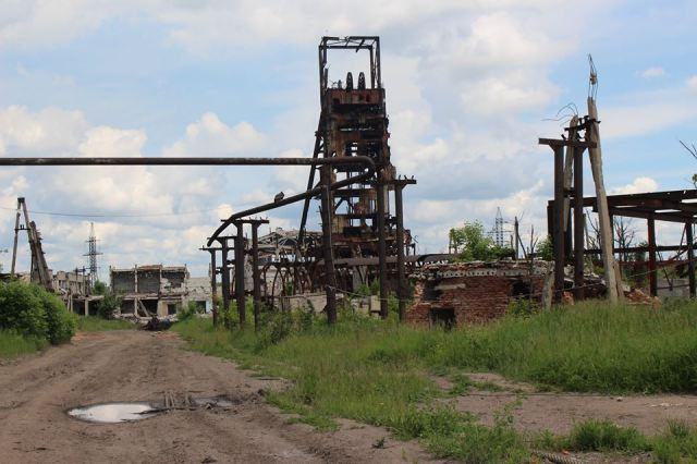 Destroyed coal mine at Shakhta, Butovka. Photo: Taras Kuzio