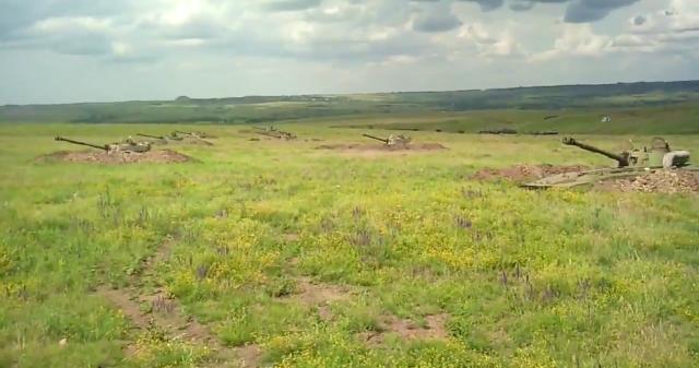 June 2016: Russian artillery in Donetsk.