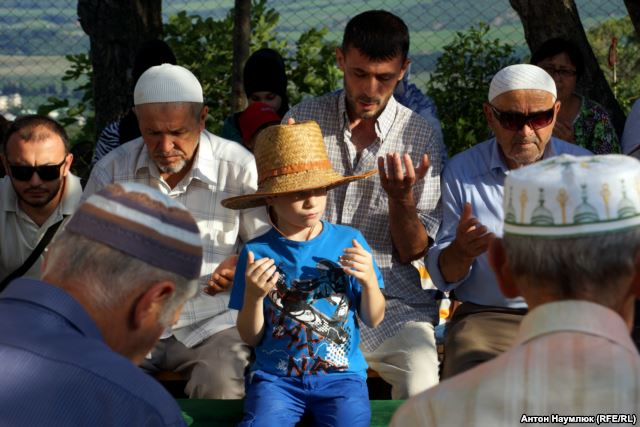 A dua in Yalta. Photo: Anton Naumlyuk