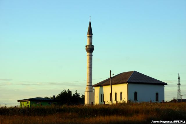 Bakhchysarai mosque. Photo: Anton Naumlyuk