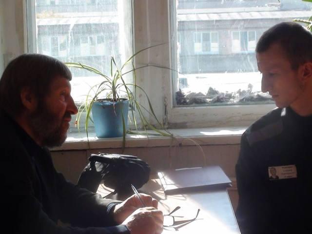N. Shchur and A. Kolchenko in discussion during meeting. Photo: Tatiana Shchur.